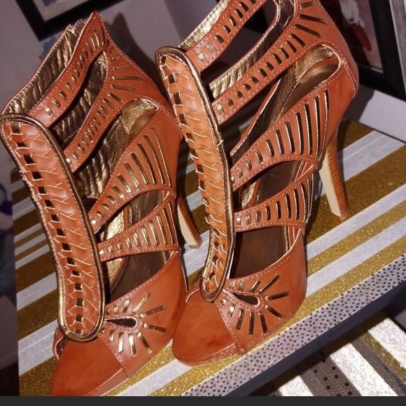 Bakers Shoes - Open toe sandals NWOT